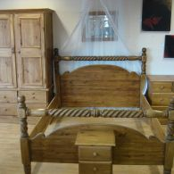 King Size Barley Twist Victorian Cross Post Bed
